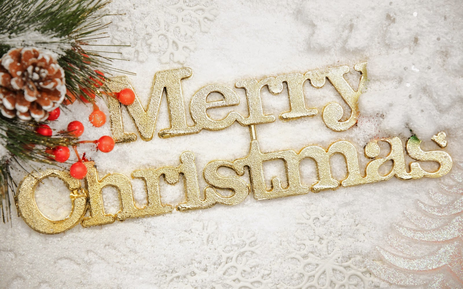 merry-Christmas-wallpapers-free-download-for-sending-wishes-to-friends.jpg