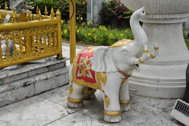 Heroines Monument Phuket white elephant