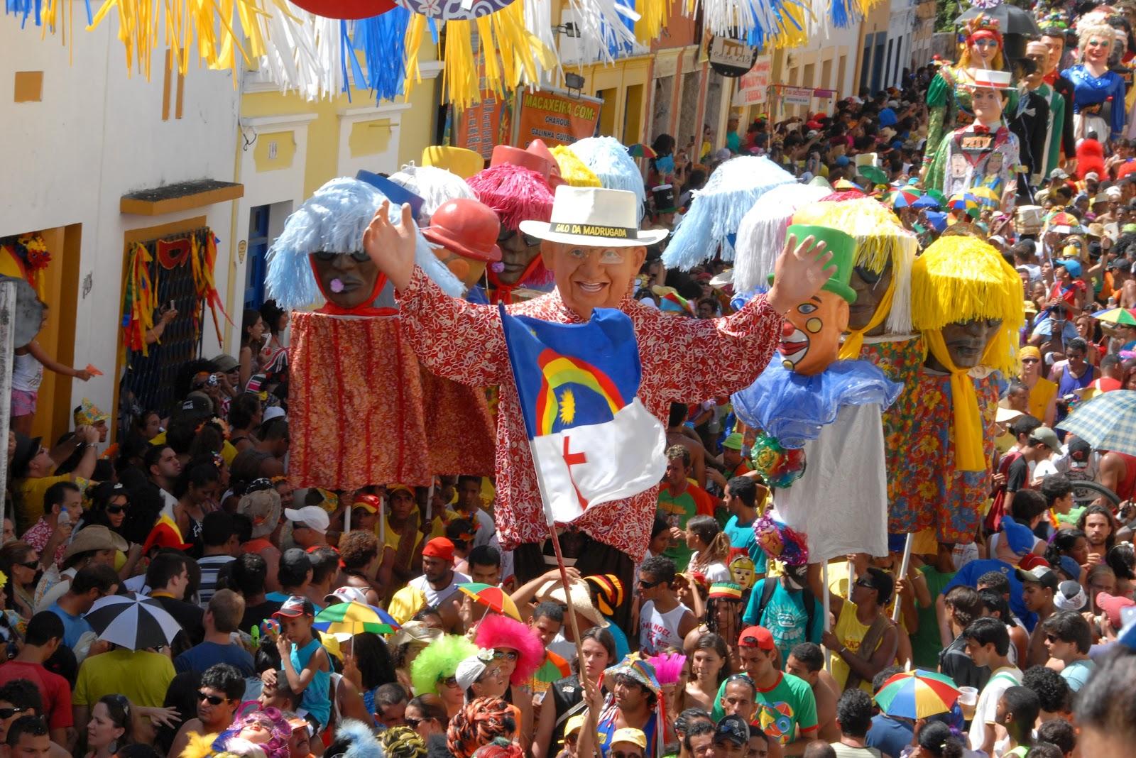http://2.bp.blogspot.com/-mDf9JZTZDDY/T0KCCGlQsqI/AAAAAAAAIWg/OXVfZFG5Hp0/s1600/Bonecos_de_Olinda_-_Pernambuco,_Brasil.jpg