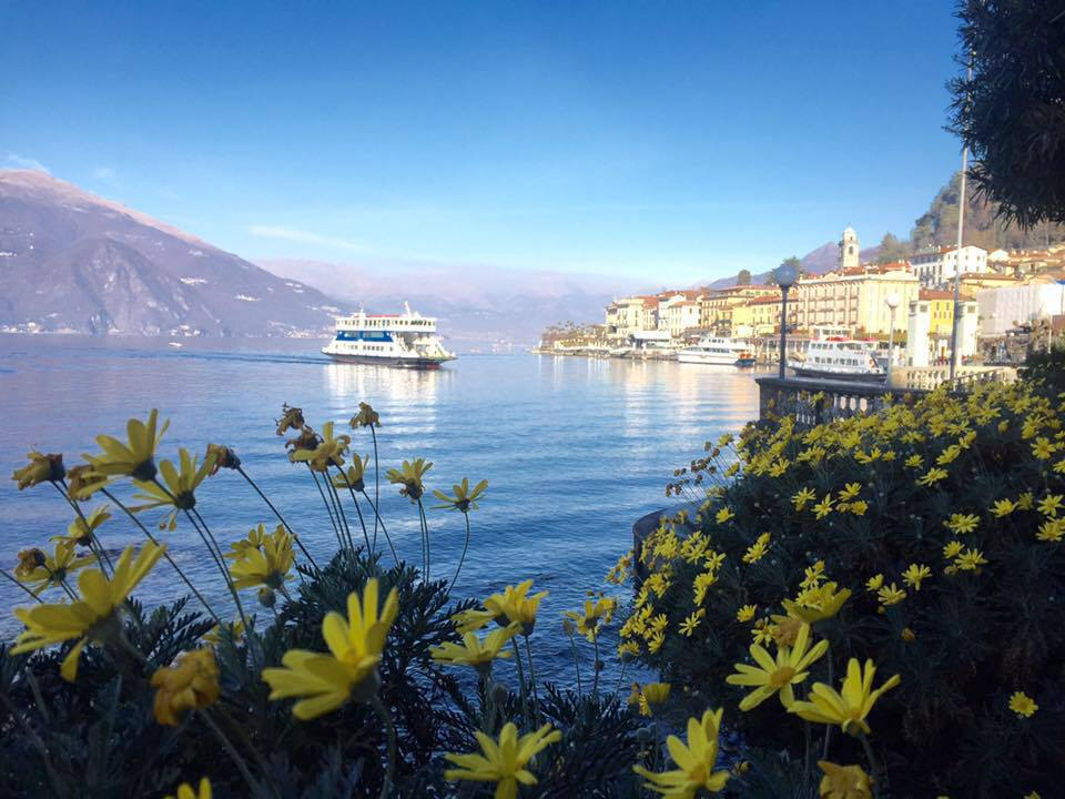 how to get to lake como from innsbruck by train