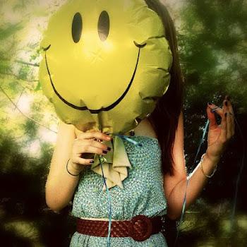 Esa sonrisa traviesa que vive conmigo.