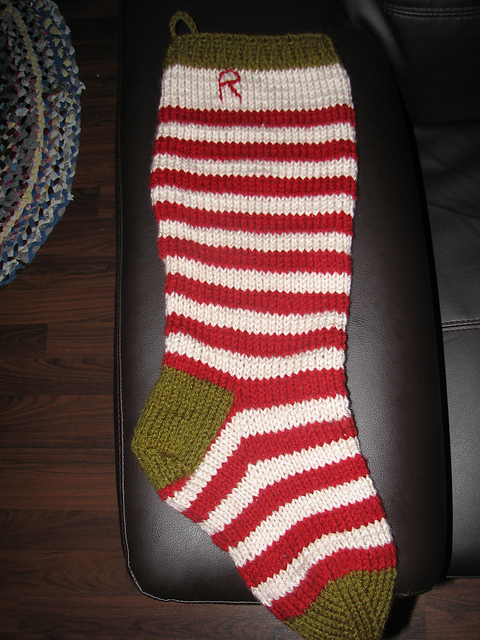 Christmas Stocking Loom Knitting Pattern : nook.: stockings!.. a round-up of sorts ;)