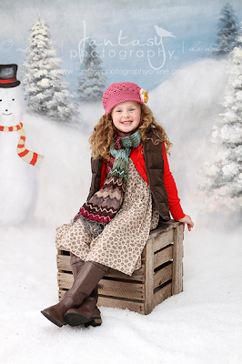 Christmas Mini Sessions | Holiday Photography by Fantasy Photography