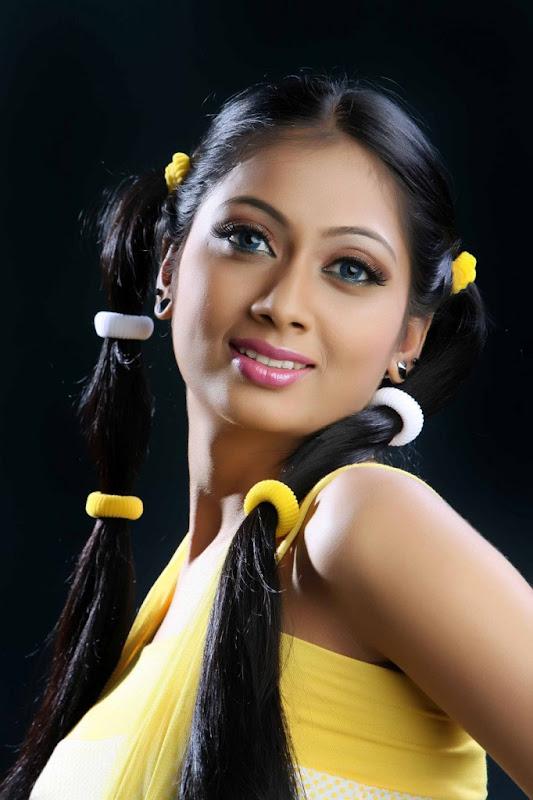 Udayatara  South Spicy Actress Latest HD Wallpaper Stills sexy stills
