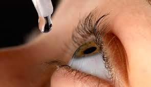Instilling eyedrops