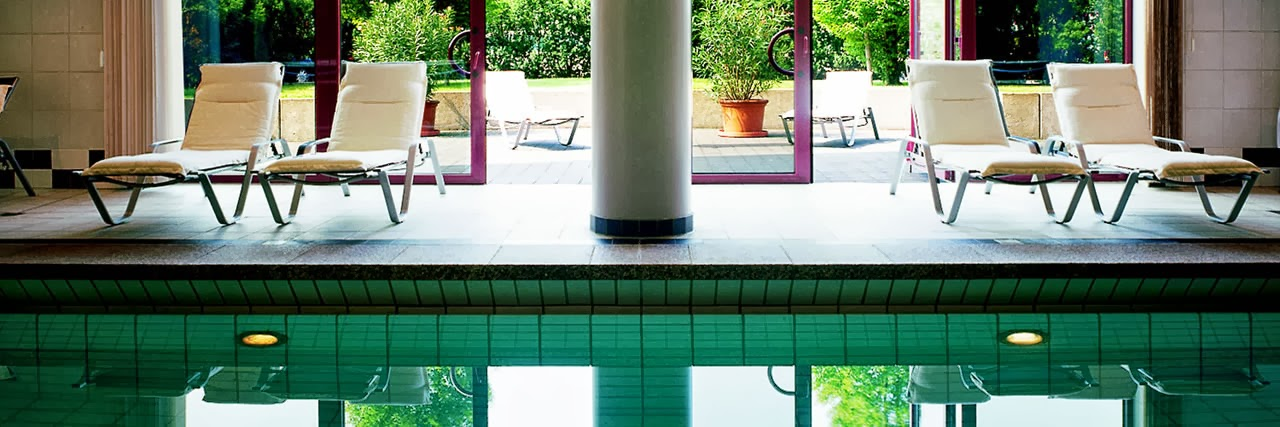 hyatt regency cologne luxury 5 hotel luxury lifestyle design architecture blog by ligia. Black Bedroom Furniture Sets. Home Design Ideas