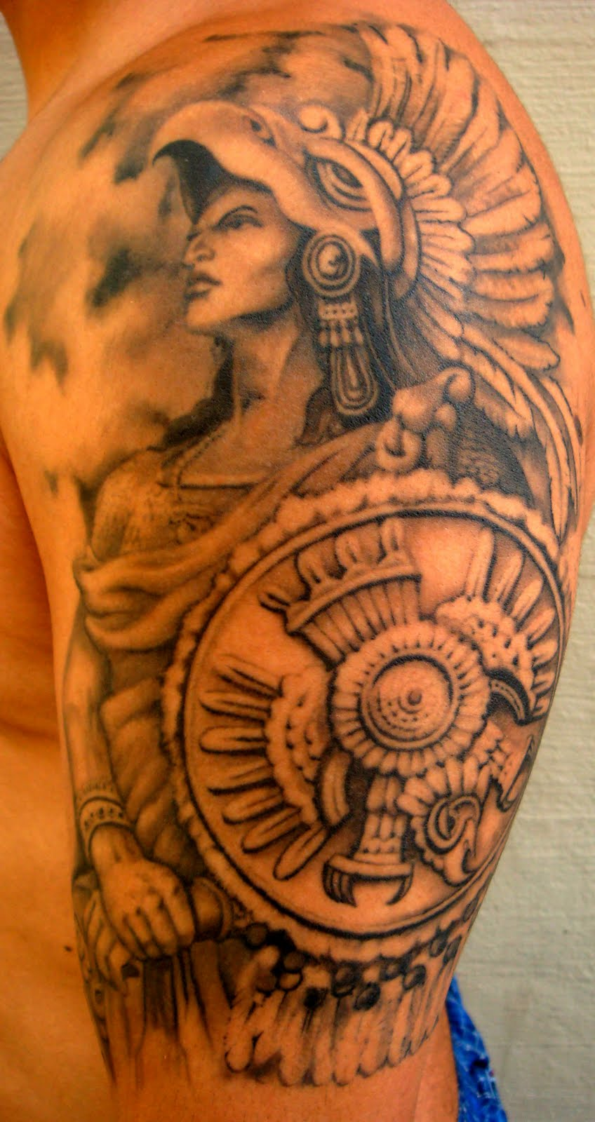 Los tatuajes tatuajes chicanos mexicanos for Mexican pride tattoos