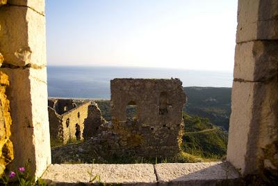Ruinas del castillo, Albania