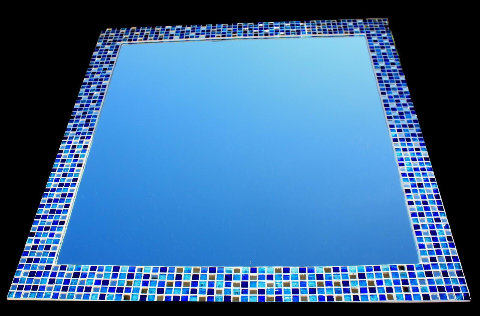 Un pezzo alla volta ultimo specchio del 39 anno - Specchio con mosaico ...