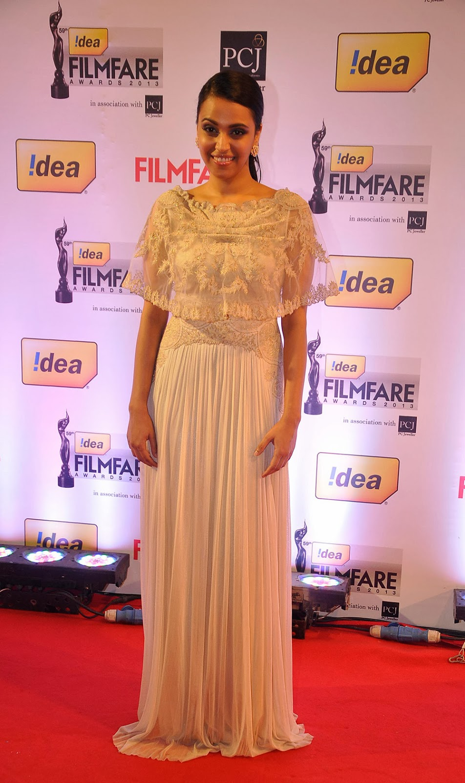 59th Idea Filmfare Awards function Gallery 2013-HQ-Photo-12