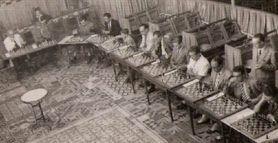 Simultáneas de Ribera en el Horta Alfil Club en 1949