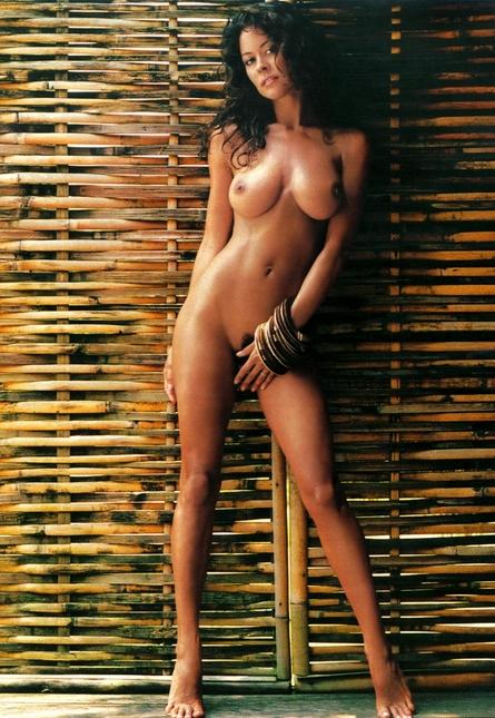 Brooke Burke : Celebrity posed stark in Playboy