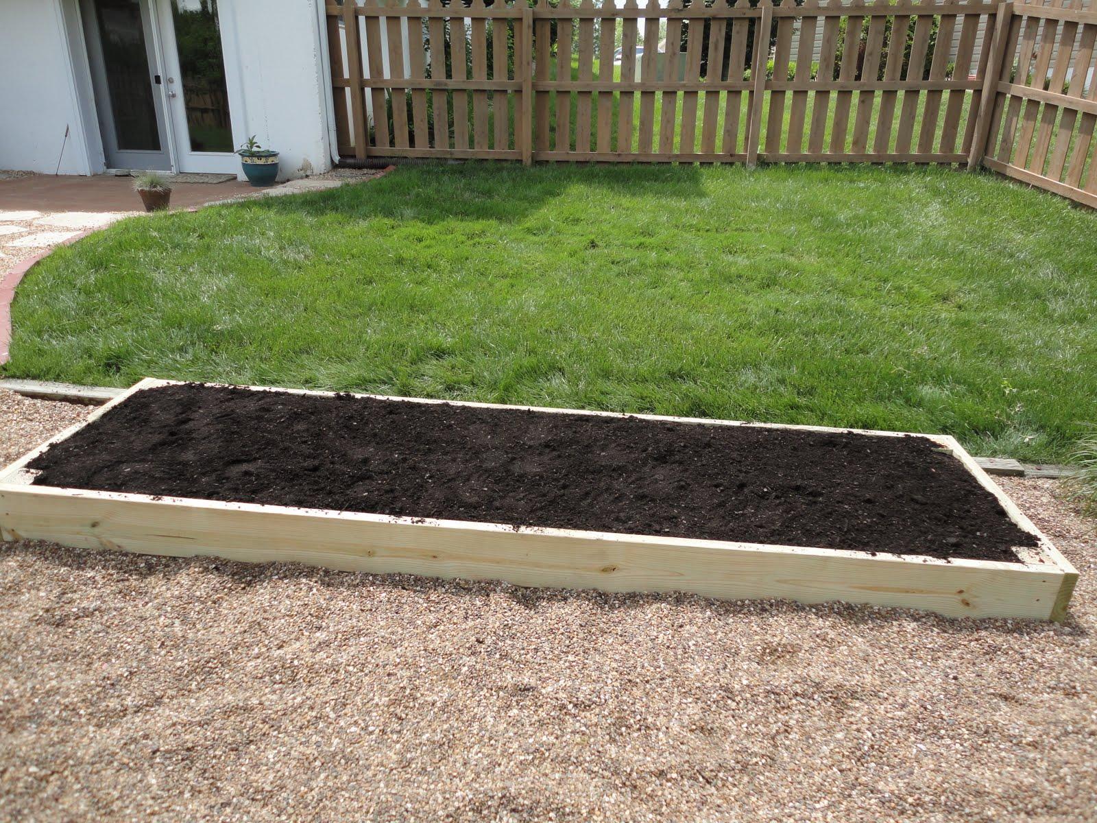 Vanilla Bean: DIY Raised Garden Bed