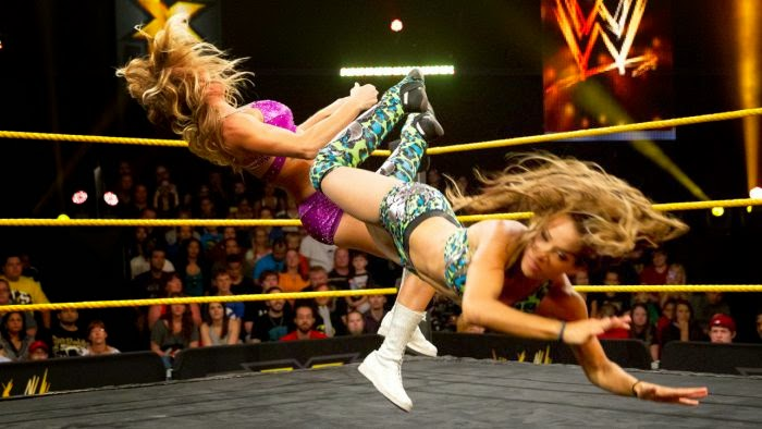 Sasha Banks-female wrestlers