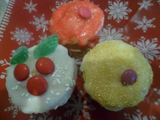 Christmas Cone Cakes
