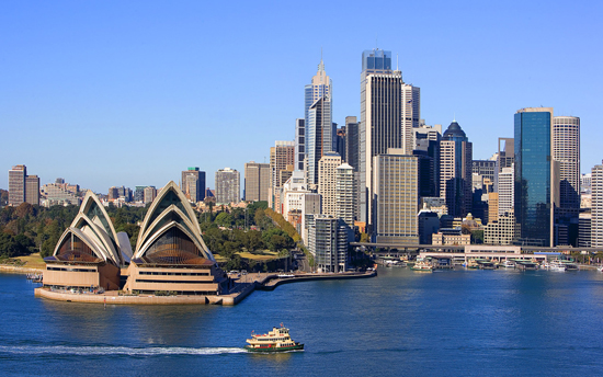 sydney opera house skyline