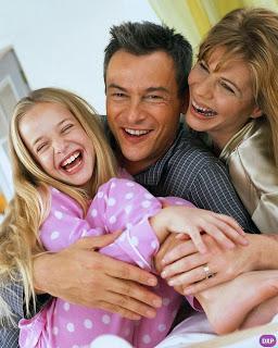 عبارات غن العائلة بالصور - صور عن الاخوة والاقارب - صور عن الاب والام