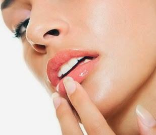 dudak kalınlaştırma ameliyatı fiyatı