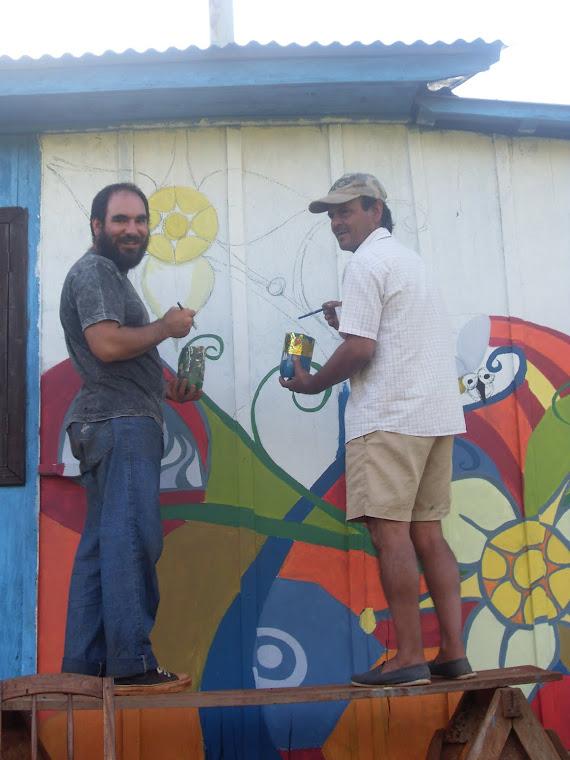 Pintando las casas vecinas