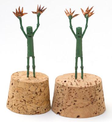 2 bamboo men