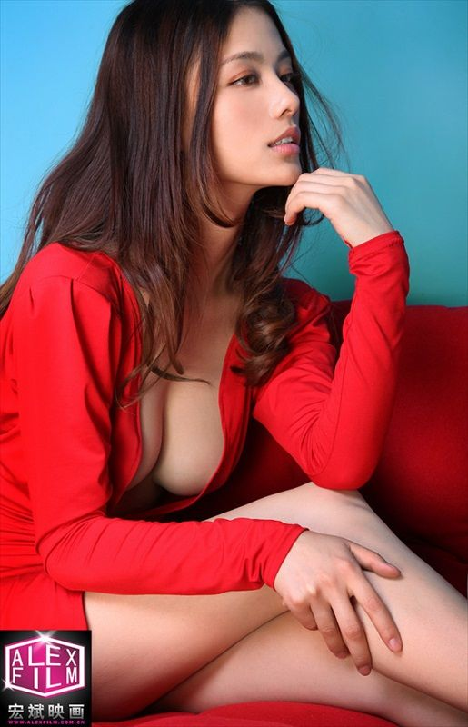 Super Model Li Sha Sha