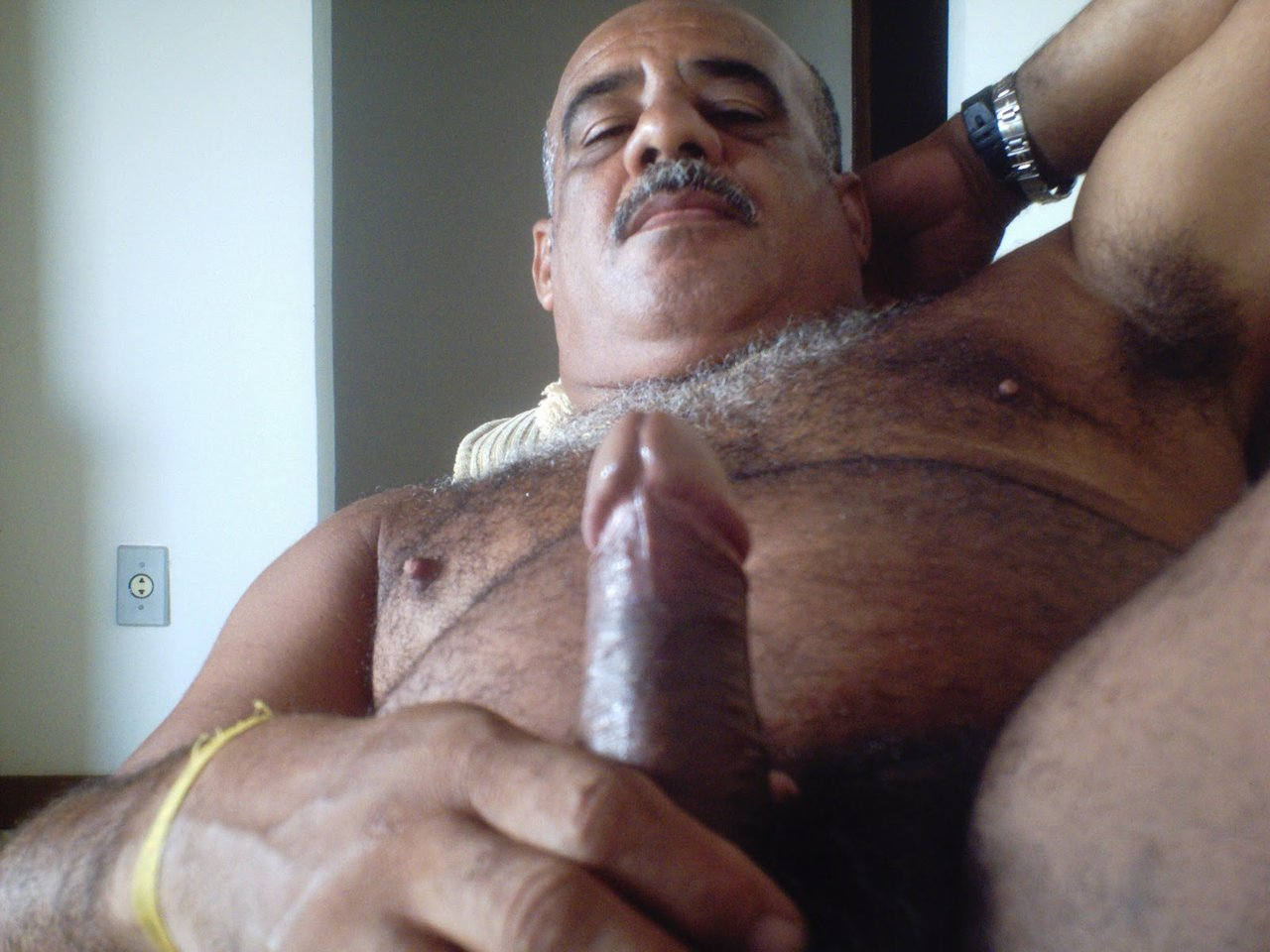 xxx glory hole gay