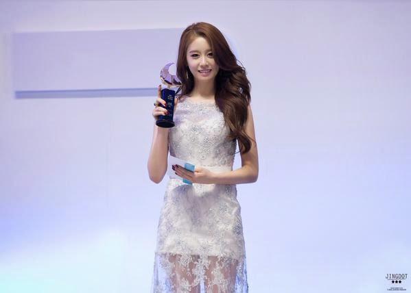 [Hình ảnh] [150313] Jiyeon @ Cable TV Broadcasting Awards