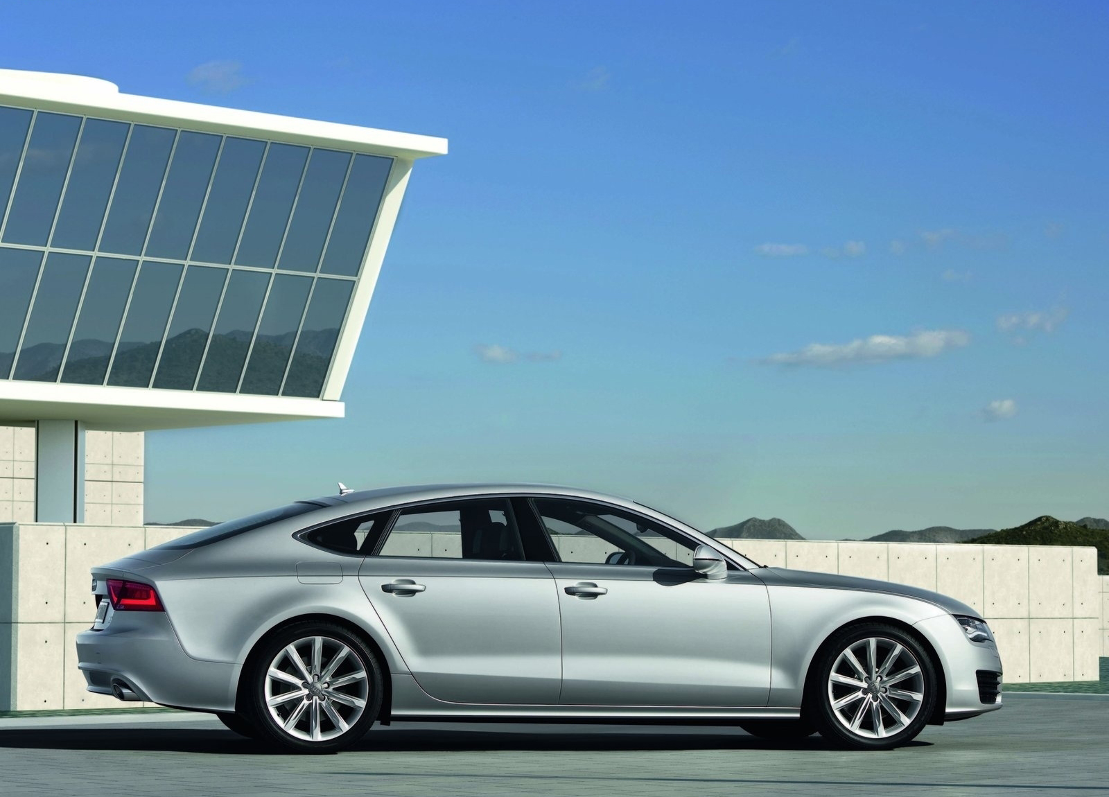 2016 Audi A7 Car And Driver   2019 Audi A7 Interior Wallpapers