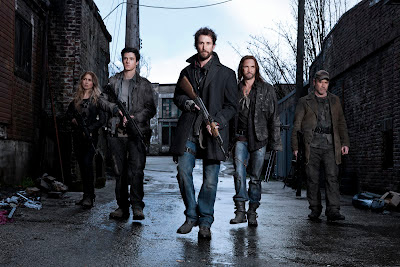 The cast of Falling Skies back to kill more skidders