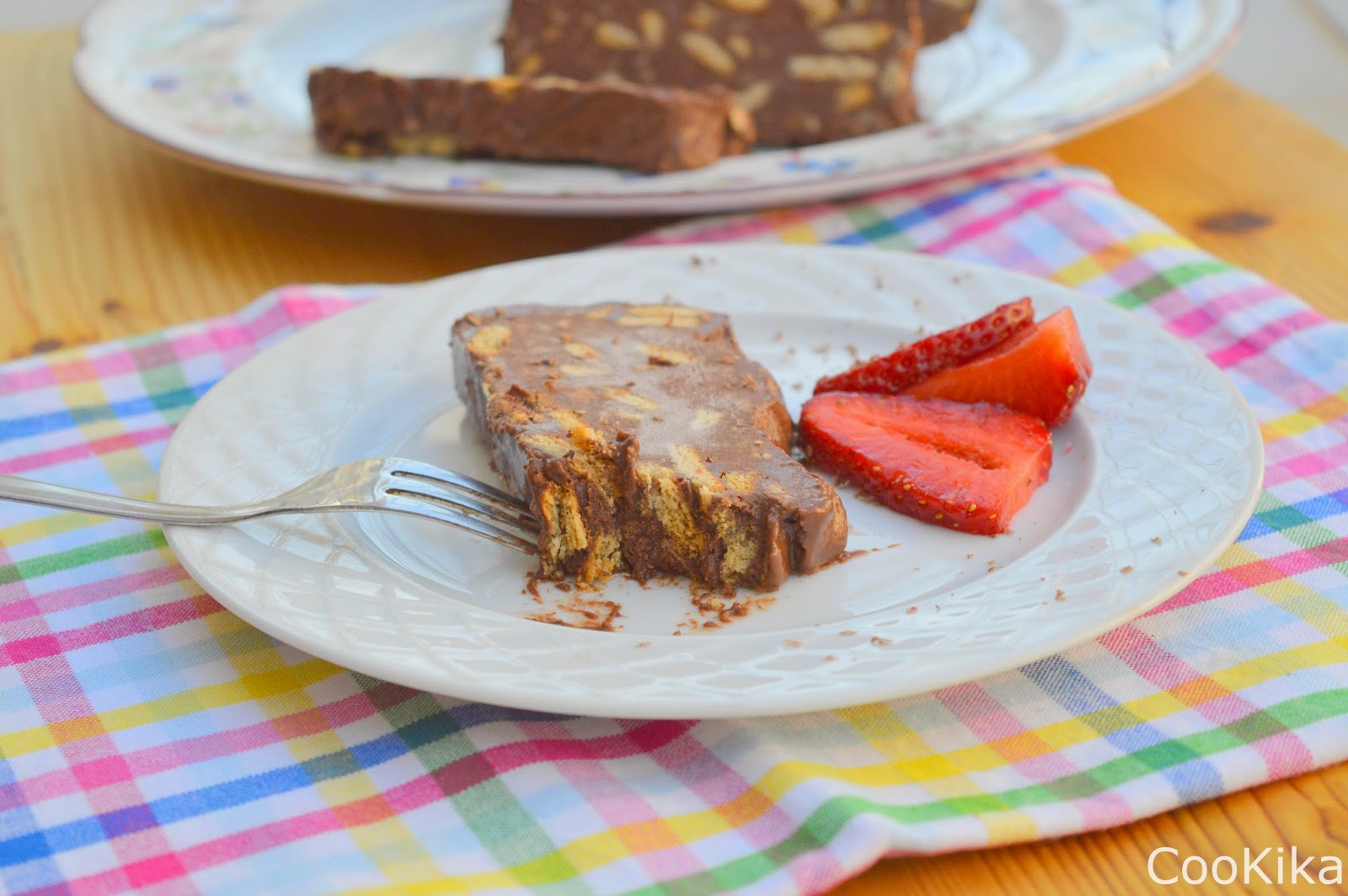 chocolate strawberry fridge cake