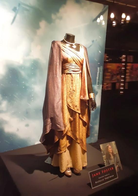 Natalie Portman Jane Foster costume Thor Dark World