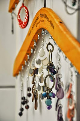 30 Awesome DIY Projects that You've Never Heard of - Clothes Hanger Jewellery Storage