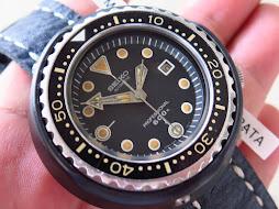 SEIKO DIVER TUNA PROFESSIONAL 600m - SEIKO DIVER 6159 7010 - TITANIUM CASE-TITANIUM CERAMIC SHROUD