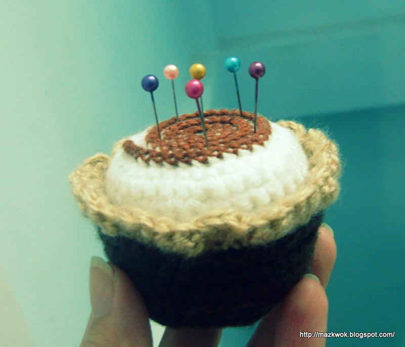 Be A Crafter Xd Mochi Cupcake Pincushion Free Crochet Pattern