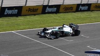 Foto-Mobil-Mercedes-W04-F1-2013_6