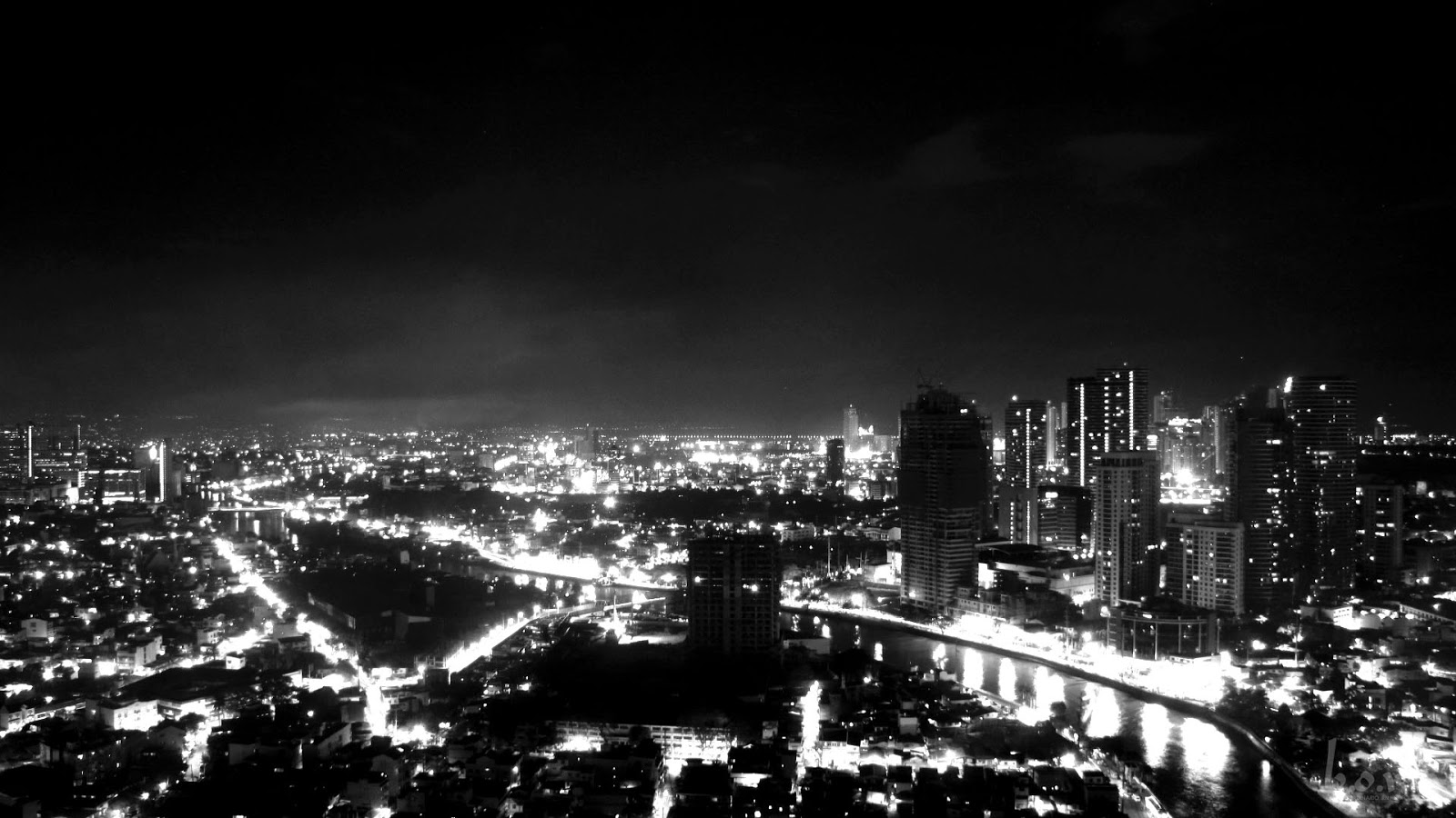 Photo of Makati City roof top view from Tivoli Residence