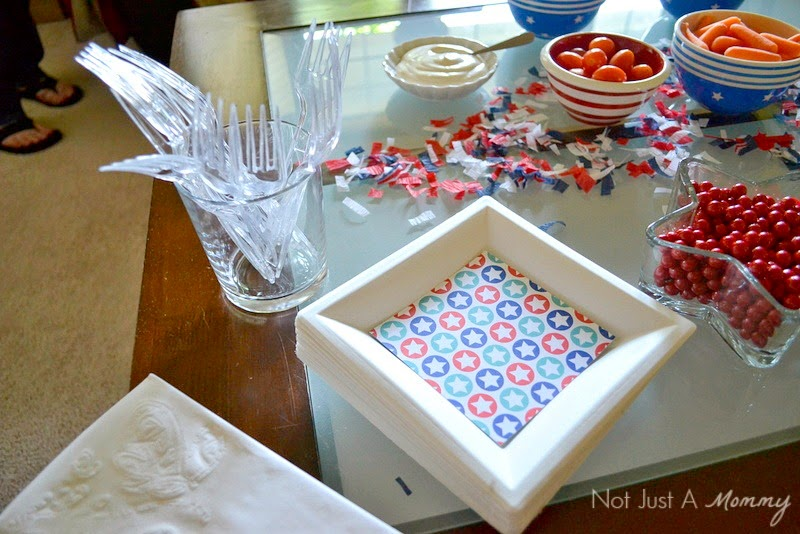 It's Hip to be Square with Chinet® House Party GNO square plates