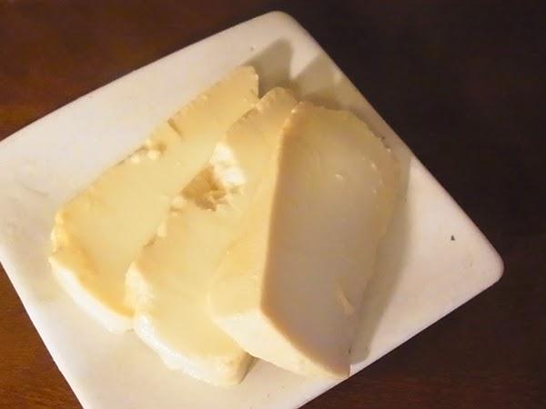 豆腐の味噌漬け経過報告。
