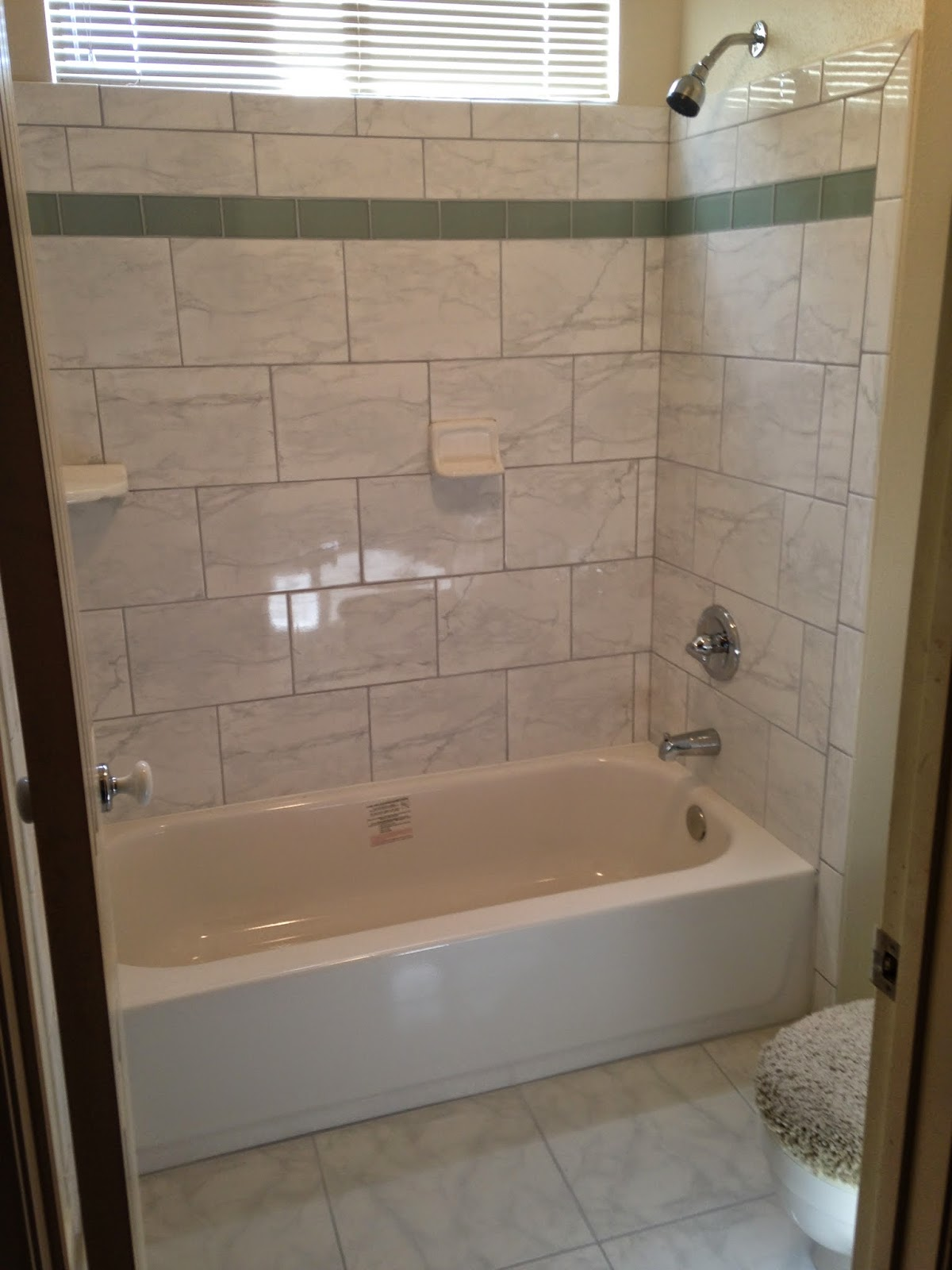 Kitchen and bathroom remodels budget bathroom remodel for D i y bathroom renovations