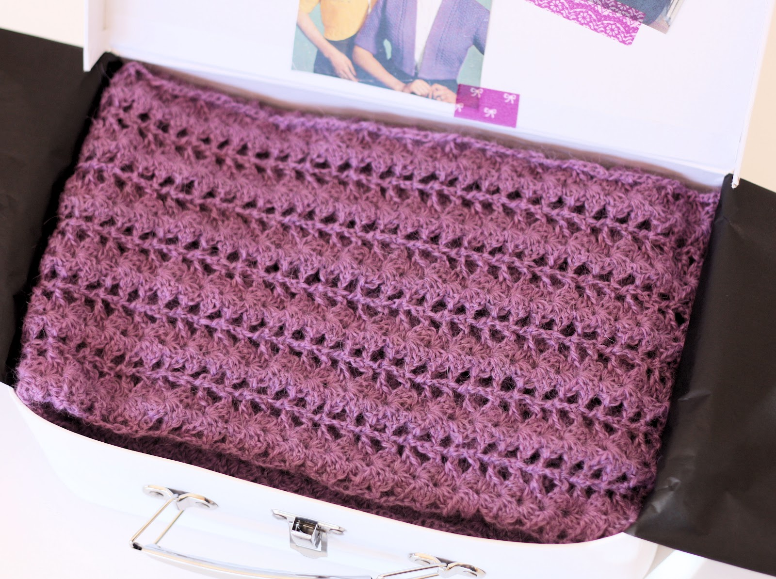 Free Crochet Patterns For Lightweight Scarves : StitchST: Crocheted Scarf {Free Pattern}