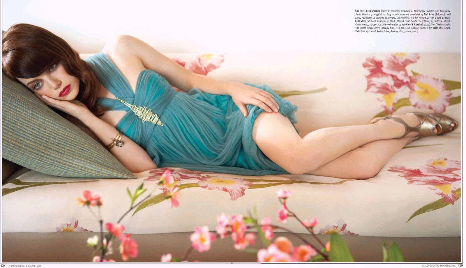 http://2.bp.blogspot.com/-mJByF4i6TzE/TaoQJ3fHIaI/AAAAAAAAAwA/7WkCpYINQKE/s1600/Emma-Stone-Photo-Wallpaper-Actress-3.jpg