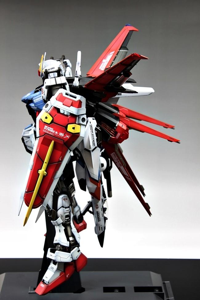 GUNDAM GUY: PG 1/60 GAT-X105 Strike Gundam - Painted Build