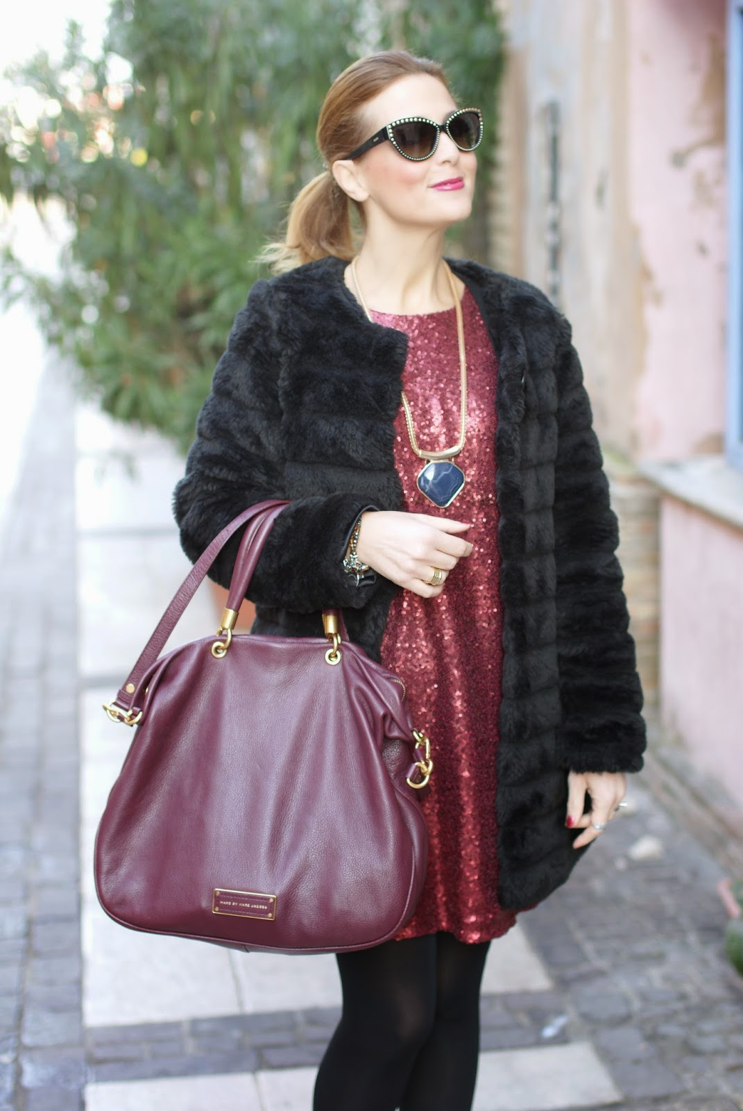 Poppy Lux ruby dress and Marc by Marc Jacobs too hot to handle tote, Fashion and Cookies, fashion blogger
