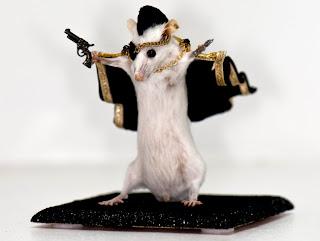 Tikus Yang DIawetkan Lalu Menjadi?