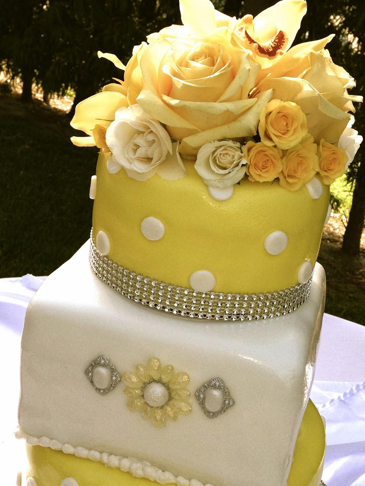 Plumeria Cake Studio: Yellow Polka Dot Wedding Cake and Treats