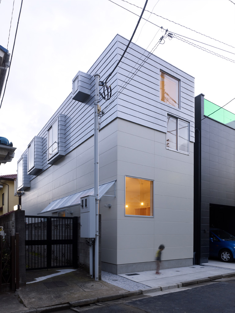 Neocribs Modern Minimalist House Design House In Ookayama Japan