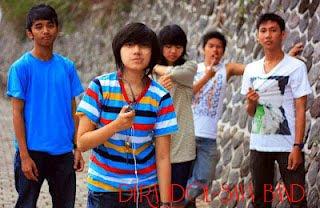 Kumpulan Foto Dera Indonesian Idol 2012