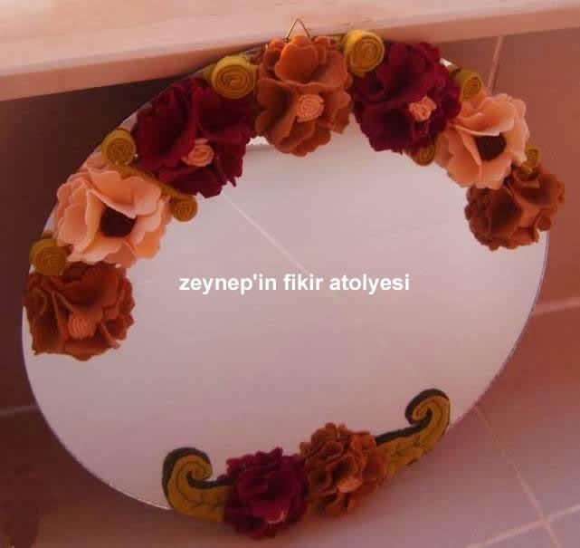 Zeynepin Fikir Atölyesi Keçeden çiçeklerle Ayna Süsleme