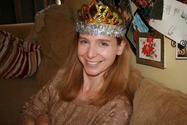 woman tiara new years eve: simplelivingeating.com