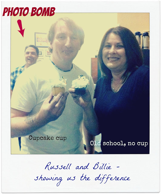 cupcake hands cup
